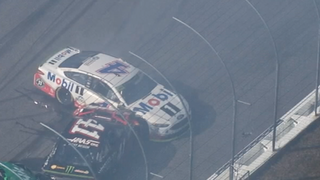 Breaking down the bizarre wreck that took out Kevin Harvick and Kurt Busch