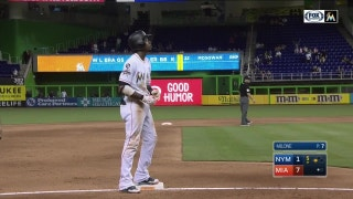 WATCH: Dee Gordon kicks off 5th inning rally with 2-run triple