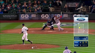WATCH: Elvis Andrus extends Rangers lead with double in 8th