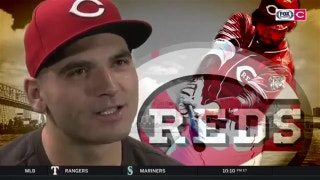 Joey Votto's 'gonna just stick with the Reds for another 10 years'