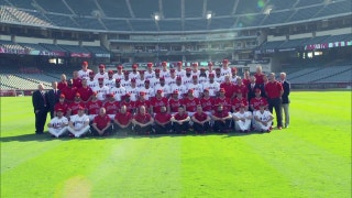 Angels Weekly: Behind the scenes at photo day