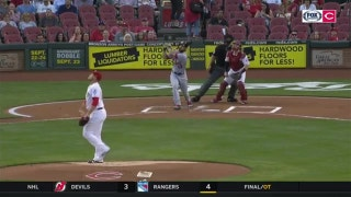 Cardinals' Matt Carpenter hits lead-off home run