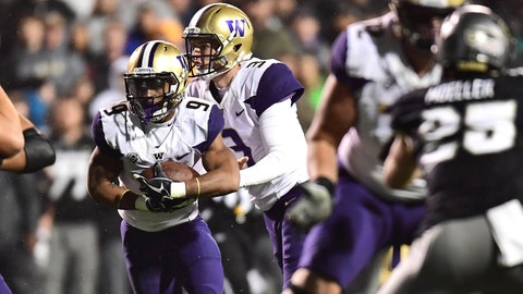 Sep 23, 2017; Boulder, CO, USA; Washington Huskies running back Myles Gaskin (9) carries the ball in the second quarter against the Colorado Buffaloes  at Folsom Field. Mandatory Credit: Ron Chenoy-USA TODAY Sports