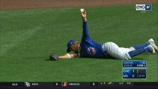 Jon Jay lays out to catch line drive