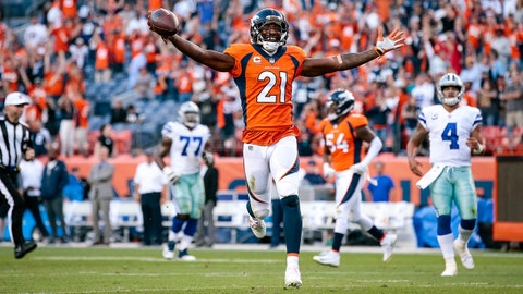 Sep 17, 2017; Denver, CO, USA; Denver Broncos cornerback Aqib Talib (21) runs the ball on a 100 yard interception touchdown return in the fourth quarter at Sports Authority Field at Mile High. Mandatory Credit: Isaiah J. Downing-USA TODAY Sports