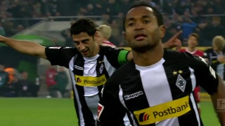 Monchengladbach's Raffael breaks the deadlock against Stuttgart