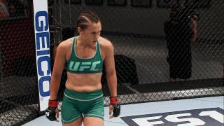 DeAnna Bennett defeats Karine Gevgorgyan via TKO | THE ULTIMATE FIGHTER