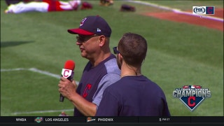 Terry Francona thanks Indians fans during division flag raising ceremony