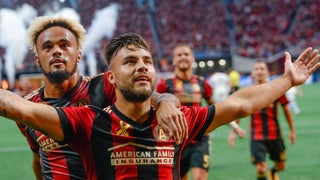 Hector Villalba scores the goal of the day with an absolute rocket for Atlanta United
