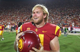 WATCH: USC's Jake Olson is a better quarterback than you