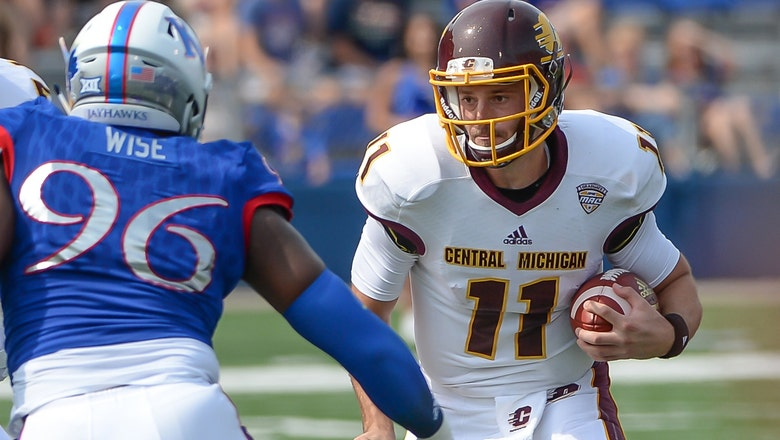 Jayhawks' pass defense torn apart in 45-27 loss to Central Michigan