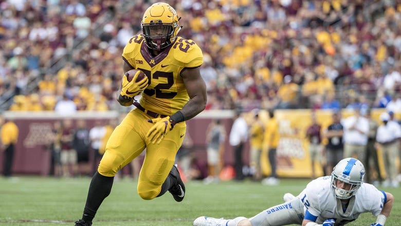 McCrary's trio of touchdowns lead Gophers to 34-3 victory