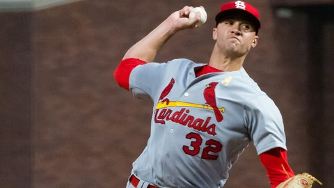 Martinez throws 3-hitter, Cardinals beat Padres