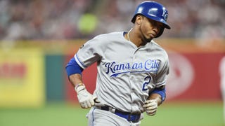 WATCH: Alcides Escobar goes deep in Royals' 4-3 win over Indians
