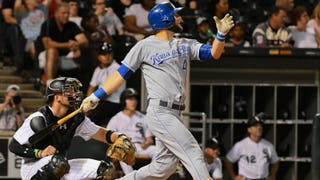 WATCH: Gordon homers, Merrifield hits bases-clearing double in Royals' victory