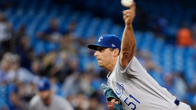 Vargas deals, Royals take series after 1-0 win over Blue Jays