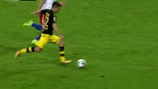 Christian Pulisic scores brilliant goal to put Dortmund up 3-0 over Hamburg