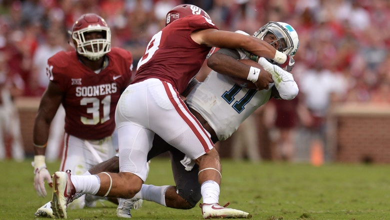 Mike Stoops has Oklahoma defense rolling after rough '16
