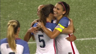 Alex Morgan shines as USWNT routs New Zealand in friendly