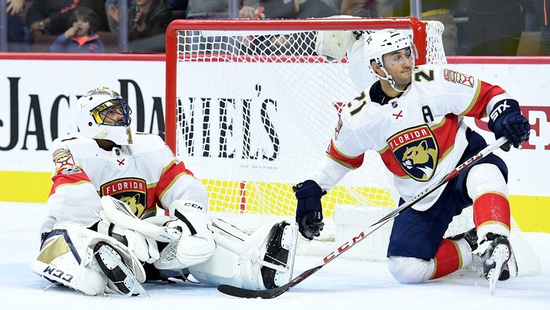 Panthers allow 4 goals in 2nd period, finish short road trip with loss to Flyers