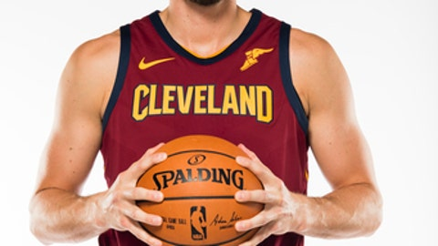 INDEPENDENCE, OH - SEPTEMBER 25: Kevin Love #0 of the Cleveland Cavaliers at Cleveland Clinic Courts on September 25, 2017 in Independence, Ohio. NOTE TO USER: User expressly acknowledges and agrees that, by downloading and/or using this photograph, user is consenting to the terms and conditions of the Getty Images License Agreement. (Photo by Jason Miller/Getty Images)