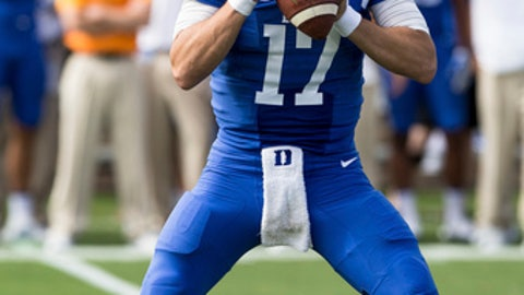 Duke quarterback Daniel Jones (17) looks to pass during the first half of an NCAA college football game against Florida State in Durham, N.C., Saturday, Oct. 14, 2017. (AP Photo/Ben McKeown)