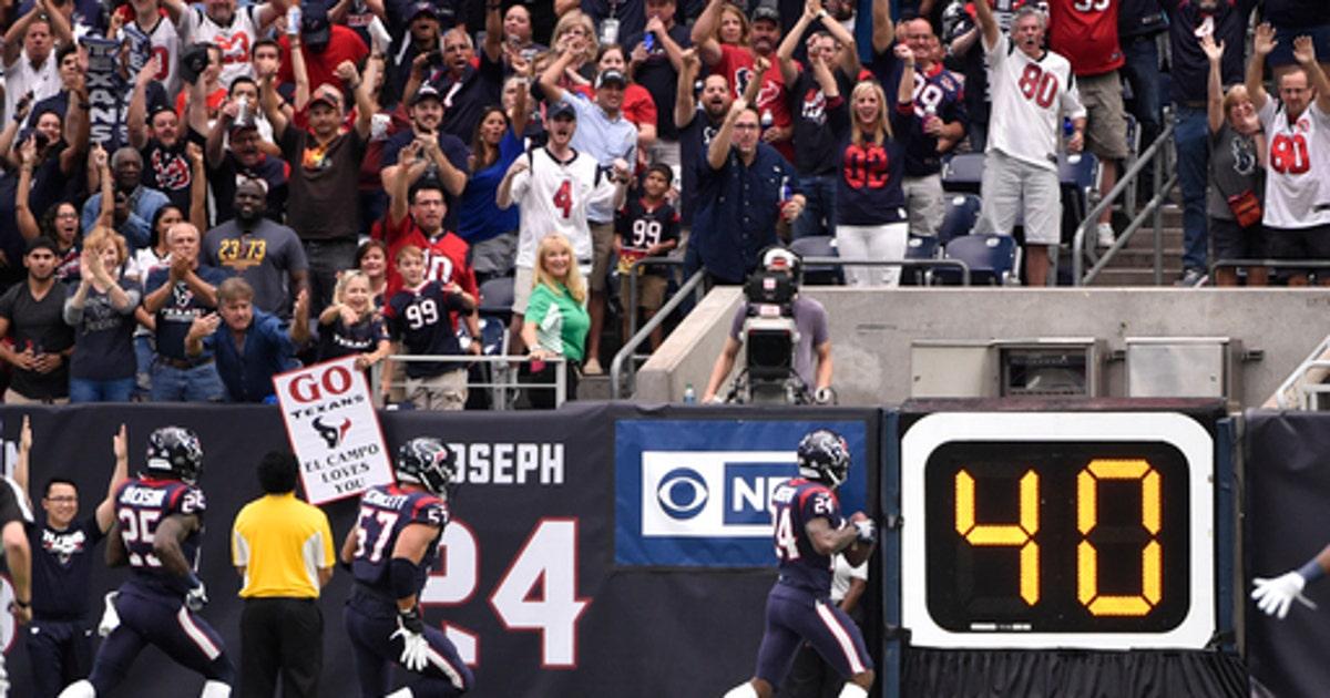 Watson Shines Again As Texans Beat Browns 33 17 Fox Sports