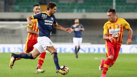 Hellas Verona's Alessio Cerci runs with the ball during a Serie A soccer match between Hellas Verona and Benevento at the Verona Bentegodi stadium, Italy, Monday, Oct. 16, 2017. (Filippo Venezia/ANSA via AP)