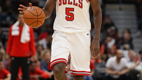 CHICAGO, IL - OCTOBER 08:  Bobby Portis #5 of the Chicago Bulls brings the ball up the court against the New Orleans Pelicans during a preseason game at the United Center on October 8, 2017 in Chicago, Illinois. The Pelicans defeated the Bulls 108-95. NOTE TO USER: User expressly acknowledges and agrees that, by downloading and or using this photograph, User is consenting to the terms and conditions of the Getty Images License Agreement.  (Photo by Jonathan Daniel/Getty Images)