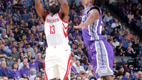 SACRAMENTO, CA - OCTOBER 18:  James Harden #13 of the Houston Rockets shoots the ball against the Sacramento Kings during the game on October 18, 2017 at Golden 1 Center in Sacramento, California. NOTE TO USER: User expressly acknowledges and agrees that, by downloading and or using this Photograph, user is consenting to the terms and conditions of the Getty Images License Agreement. Mandatory Copyright Notice: Copyright 2017 NBAE (Photo by Rocky Widner/NBAE via Getty Images)