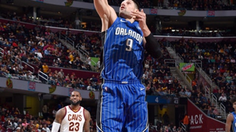 CLEVELAND, OH - OCTOBER 21: Nikola Vucevic #9 of the Orlando Magic shoots the ball against the Cleveland Cavaliers on October 21, 2017 at Quicken Loans Arena in Cleveland, Ohio.  NOTE TO USER: User expressly acknowledges and agrees that, by downloading and or using this Photograph, user is consenting to the terms and conditions of the Getty Images License Agreement. Mandatory Copyright Notice: Copyright 2017 NBAE (Photo by David Liam Kyle/NBAE via Getty Images)