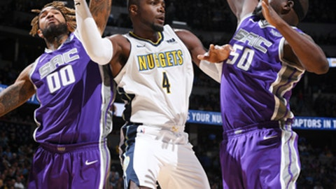 DENVER, CO - OCTOBER 21:  Paul Millsap #4 of the Denver Nuggets passes the ball against the Sacramento Kings on October 21, 2017 at the Pepsi Center in Denver, Colorado. NOTE TO USER: User expressly acknowledges and agrees that, by downloading and/or using this Photograph, user is consenting to the terms and conditions of the Getty Images License Agreement. Mandatory Copyright Notice: Copyright 2017 NBAE (Photo by Garrett Ellwood/NBAE via Getty Images)