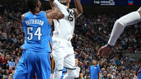 SALT LAKE CITY, UT - OCTOBER 21:  Derrick Favors #15 of the Utah Jazz shoots the ball against the Oklahoma City Thunder during the game on October 21, 2017 at vivint.SmartHome Arena in Salt Lake City, Utah. NOTE TO USER: User expressly acknowledges and agrees that, by downloading and or using this Photograph, User is consenting to the terms and conditions of the Getty Images License Agreement. Mandatory Copyright Notice: Copyright 2017 NBAE (Photo by Melissa Majchrzak/NBAE via Getty Images)