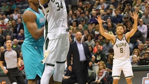 MILWAUKEE, WI - OCTOBER 23:  Giannis Antetokounmpo #34 of the Milwaukee Bucks drives to the basket during the first half of a game against the Charlotte Hornets at the BMO Harris Bradley Center on October 23, 2017 in Milwaukee, Wisconsin.  NOTE TO USER: User expressly acknowledges and agrees that, by downloading and or using this photograph, User is consenting to the terms and conditions of the Getty Images License Agreement.  (Photo by Stacy Revere/Getty Images)