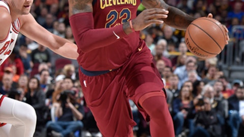 CLEVELAND, OH - OCTOBER 24: LeBron James #23 of the Cleveland Cavaliers handles the ball against the Chicago Bulls on October 24, 2017 at Quicken Loans Arena in Cleveland, Ohio.  NOTE TO USER: User expressly acknowledges and agrees that, by downloading and or using this Photograph, user is consenting to the terms and conditions of the Getty Images License Agreement. Mandatory Copyright Notice: Copyright 2017 NBAE (Photo by David Liam Kyle/NBAE via Getty Images)