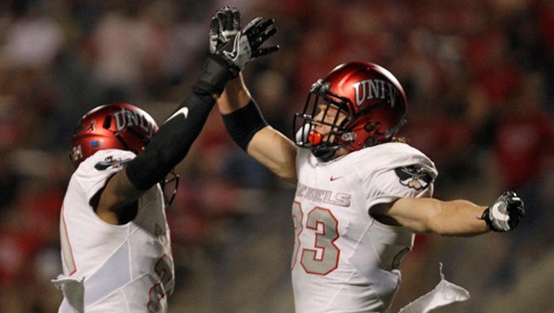 Thomas scores go-ahead TD, UNLV stuns Fresno State 26-16