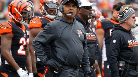 Cincinnati Bengals head coach Marvin Lewis works the sideline in the first half of an NFL football game against the Indianapolis Colts, Sunday, Oct. 29, 2017, in Cincinnati. (AP Photo/Frank Victores)