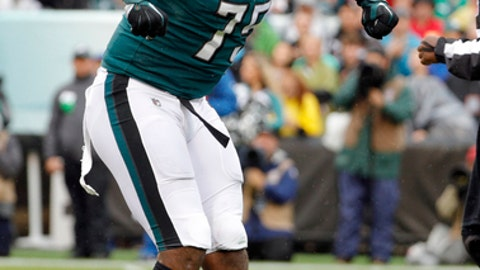 Philadelphia Eagles' Vinny Curry reacts during the first half of an NFL football game against the San Francisco 49ers, Sunday, Oct. 29, 2017, in Philadelphia. (AP Photo/Chris Szagola)