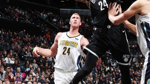 BROOKLYN, NY - OCTOBER 29:  Rondae Hollis-Jefferson #24 of the Brooklyn Nets drives to the basket against the Denver Nuggets on October 29, 2017 at Barclays Center in Brooklyn, New York. NOTE TO USER: User expressly acknowledges and agrees that, by downloading and or using this Photograph, user is consenting to the terms and conditions of the Getty Images License Agreement. Mandatory Copyright Notice: Copyright 2017 NBAE (Photo by Nathaniel S. Butler/NBAE via Getty Images)