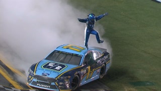Can Ricky Stenhouse Jr. win his 3rd consecutive plate race?