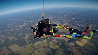 Watch David Ragan go skydiving with Alan Cavanna