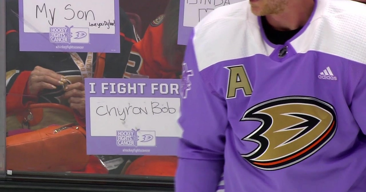 Ducks Weekly  Hockey Fights Cancer Night  97f6a1853