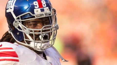 Nov 27, 2016; Cleveland, OH, USA; New York Giants defensive tackle Damon Harrison (98) during the third quarter between the Cleveland Browns and the New York Giants at FirstEnergy Stadium. The Giants won 27-13. Mandatory Credit: Scott R. Galvin-USA TODAY Sports