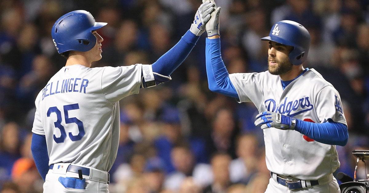Chris Taylor's home run and triple help Dodgers pull away from Cubs in Game 3 (VIDEO)