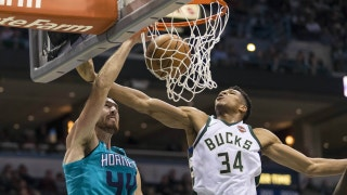 Hornets LIVE To GO: Hornets lose late in Milwaukee