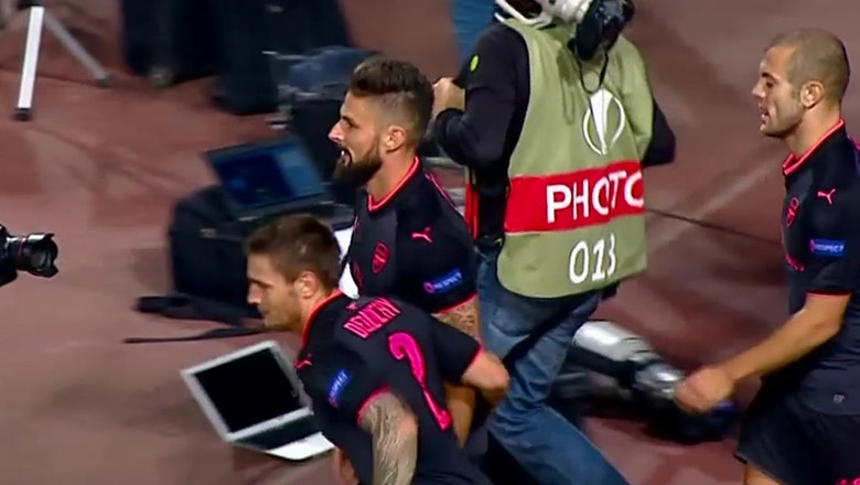 Olivier Giroud finishes off stunning Arsenal move | 2017-18 Europa League Highlights