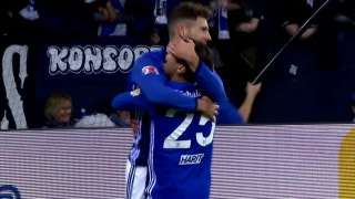 Leon Goretzka gives Schalke 1-0 lead | 2017-18 Bundesliga Highlights