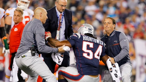 Sep 7, 2017; Foxborough, MA, USA; Trainers help New England Patriots middle linebacker Dont'a Hightower (54) off of the field after an injury during the third quarter at Gillette Stadium. Mandatory Credit: David Butler II-USA TODAY Sports