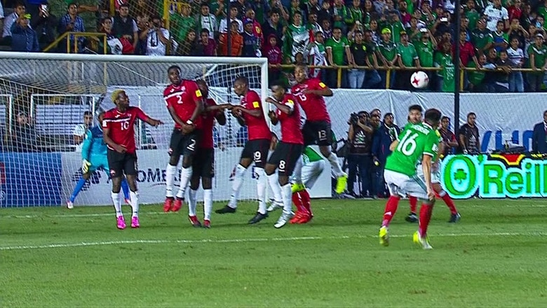 Mexico come from behind to stay unbeaten in World Cup Qualifying