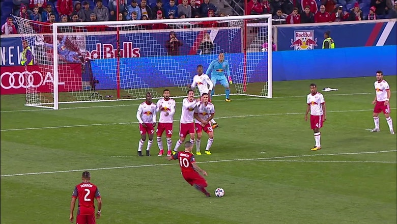 Giovinco's free kick goal helps give Toronto FC a 2-1 win vs. the New York Red Bulls | 2017 MLS Playoff Highlights